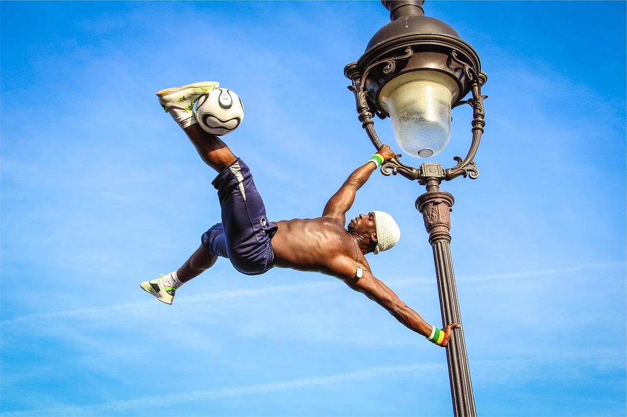 Footballeur acrobate